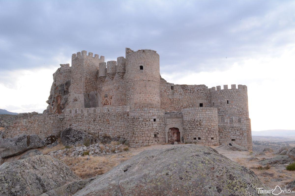 Vista del Castillo de Aunqueospese en Mironcillo