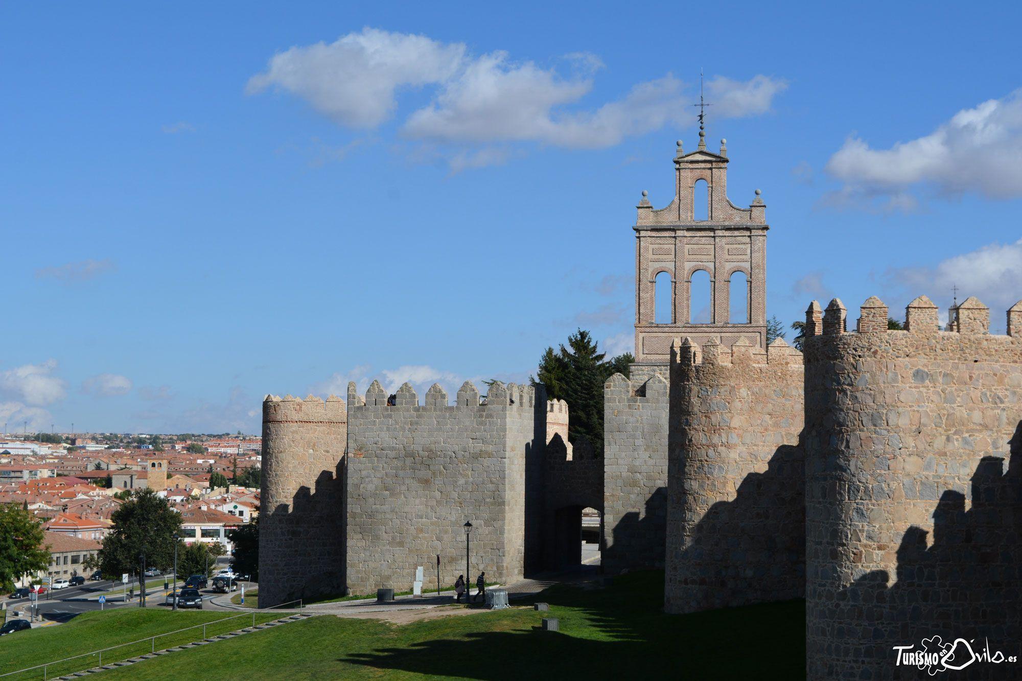 Qué ver en Ávila: Puerta del Carmen, una de las puertas de la Muralla de Ávila más visitadas